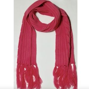 Gucci Pink Cable Knit Wool Fringe Scarf